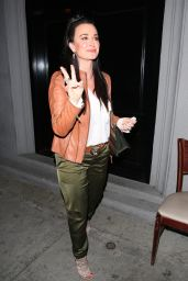Kyle Richards - Out for Dinner at Craig