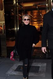 Kylie Minogue Shopping in London 01/26/2018