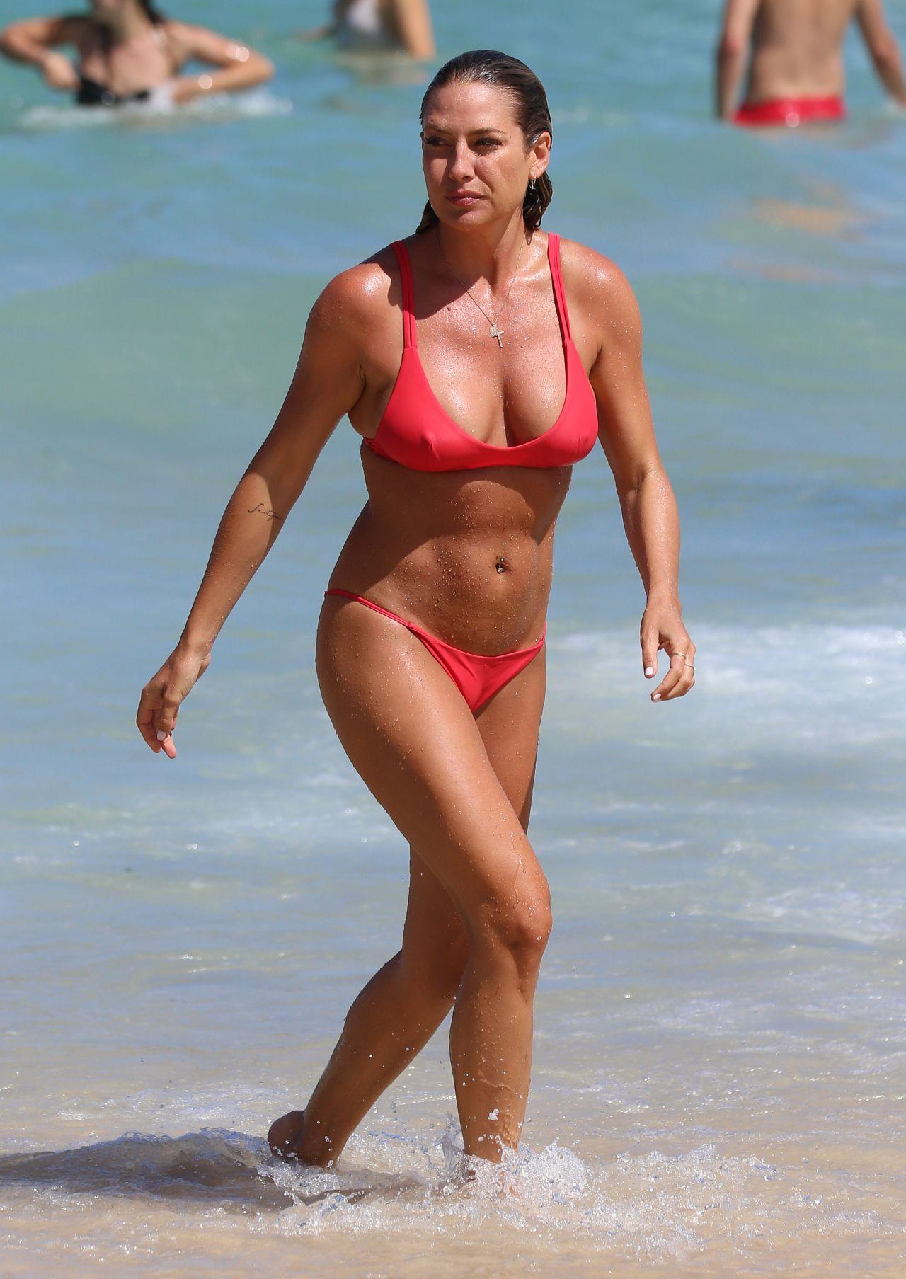 Montana Cox in Black Bikini at Tamarama beach in Sydney Pic 33 of 35