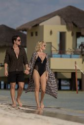 Malin Akermanin Swimsuit - With Finance on Mexico Beach