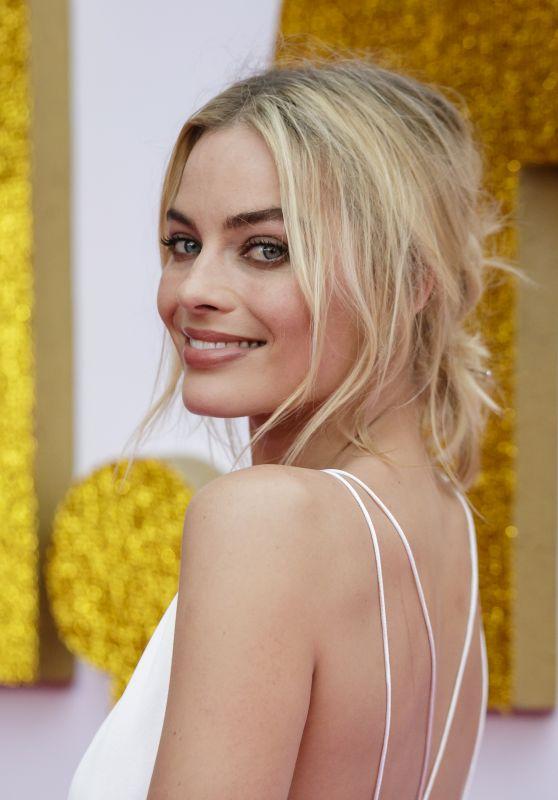 """Margot Robbie - """"I, Tonya"""" Premiere in Sydney"""