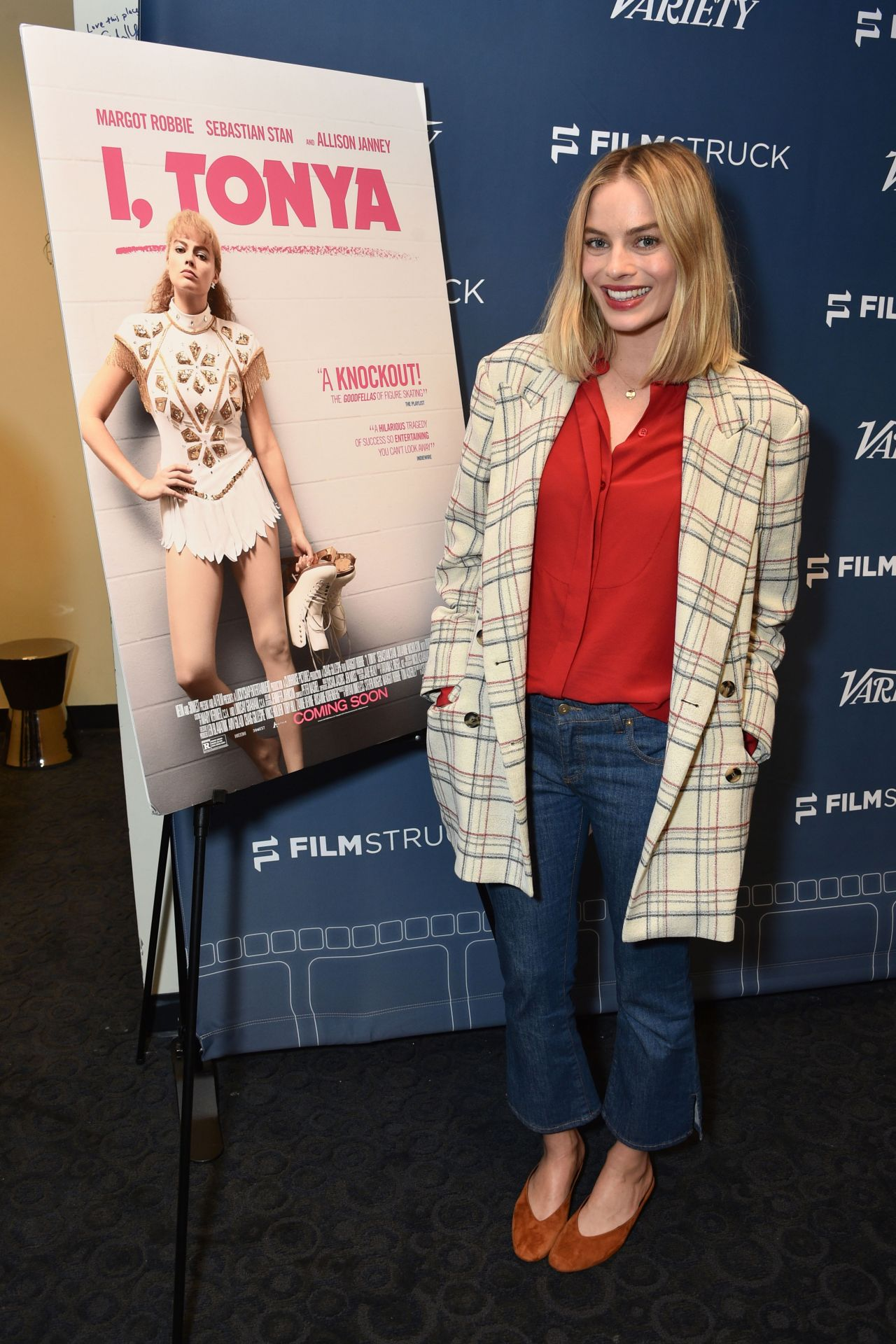 http://celebmafia.com/wp-content/uploads/2018/01/margot-robbie-i-tonya-screening-in-los-angeles-1.jpg