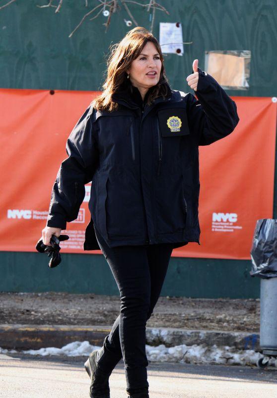 "Mariska Hargitay, Ice T, Kelli Giddish and Peter Scanavino - ""Law & Order: SVU"" Set in Brooklyn"