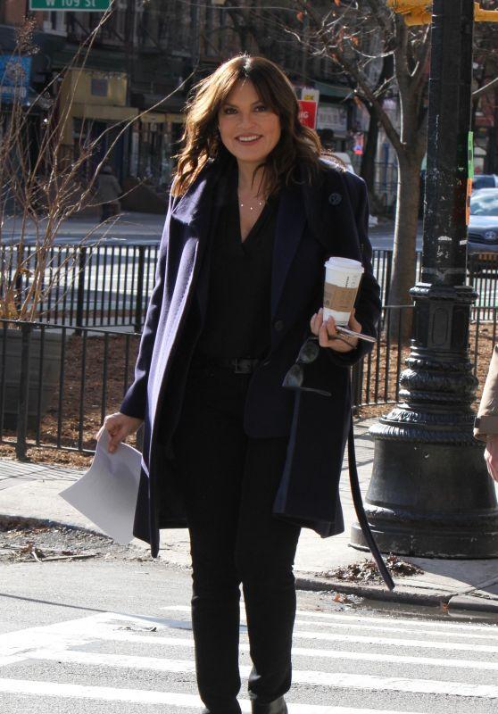 "Mariska Hargitay - ""Law and Order: SVU"" Set in New York City"