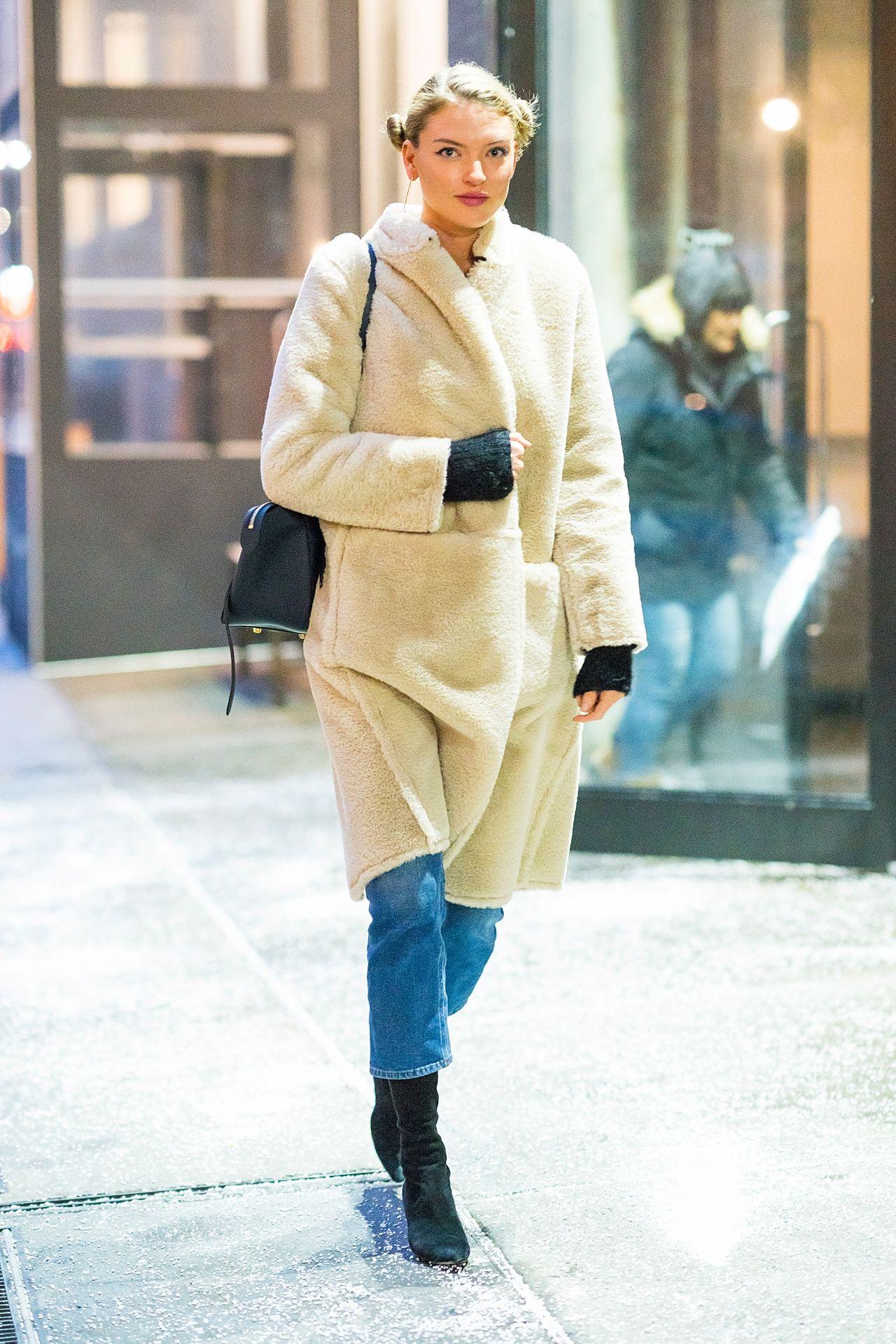 Martha Hunt Winter Street Style Chelsea 01 08 2018
