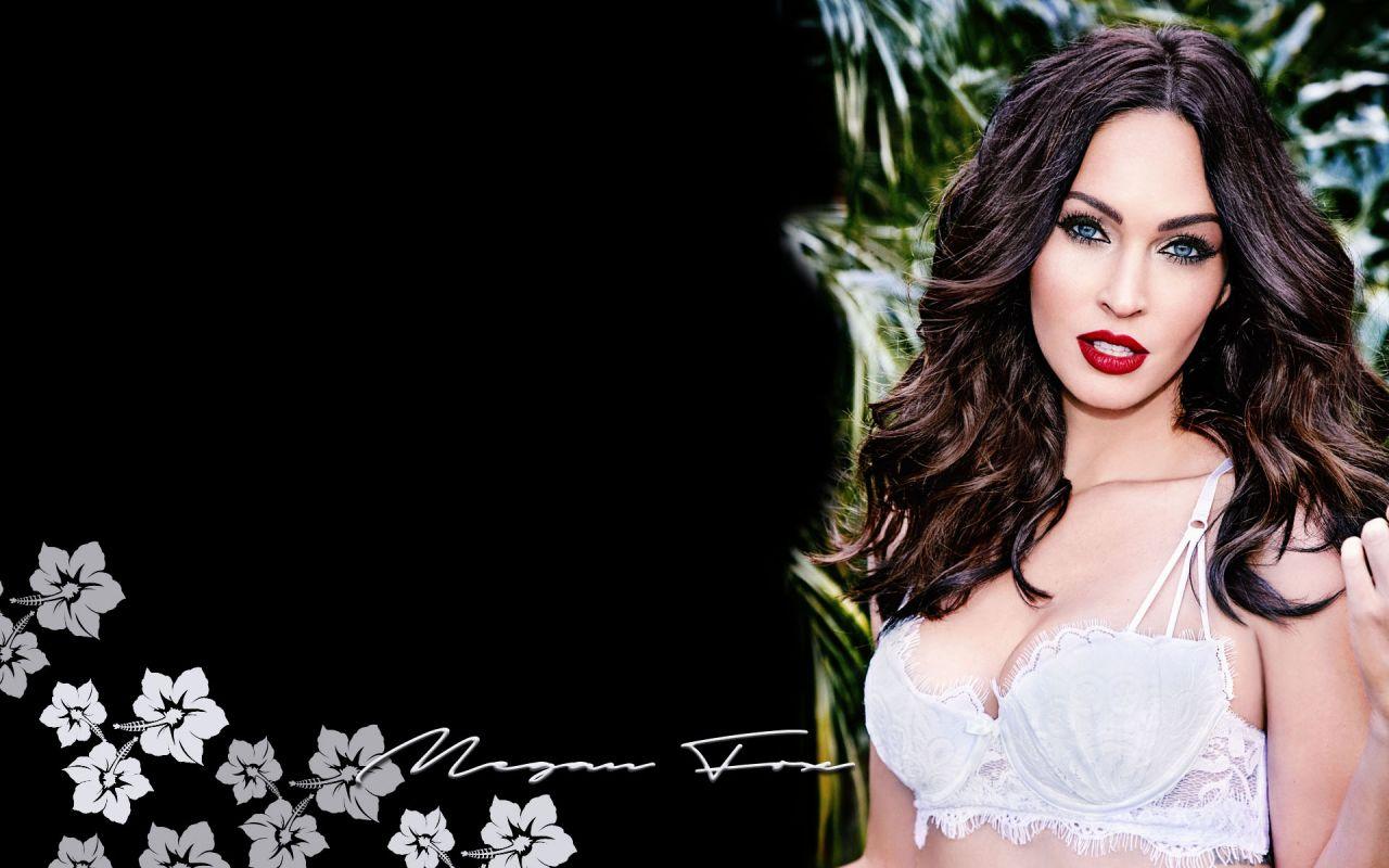 Megan Fox Wallpapers 17 Kira Kosarin Personal Pics