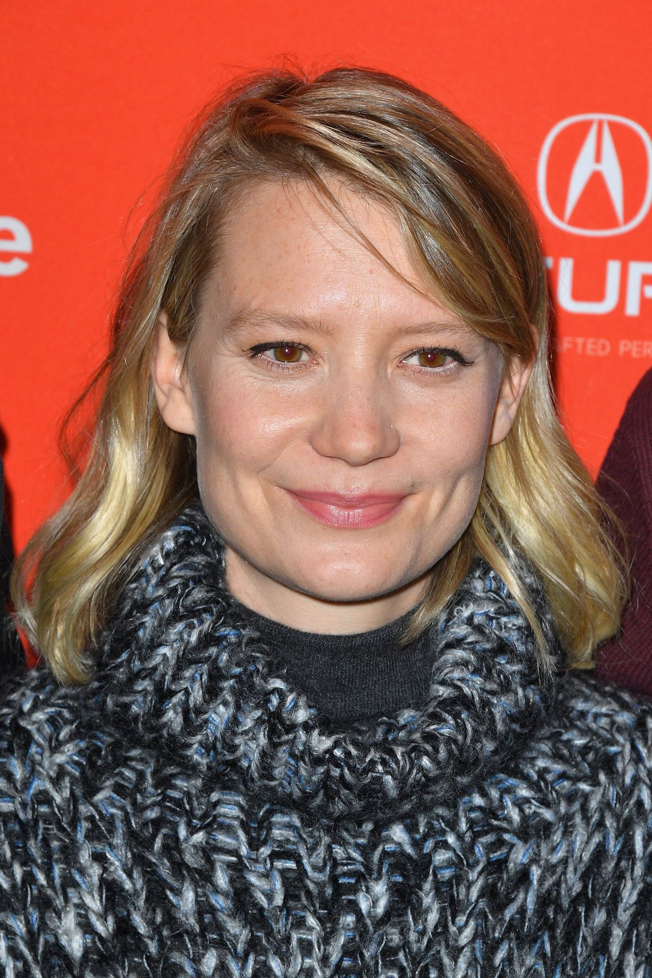mia wasikowska quotdamselquot premiere at 2018 sundance film