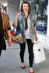 Milla Jovovich in Casual Outfit Out in Beverly Hills