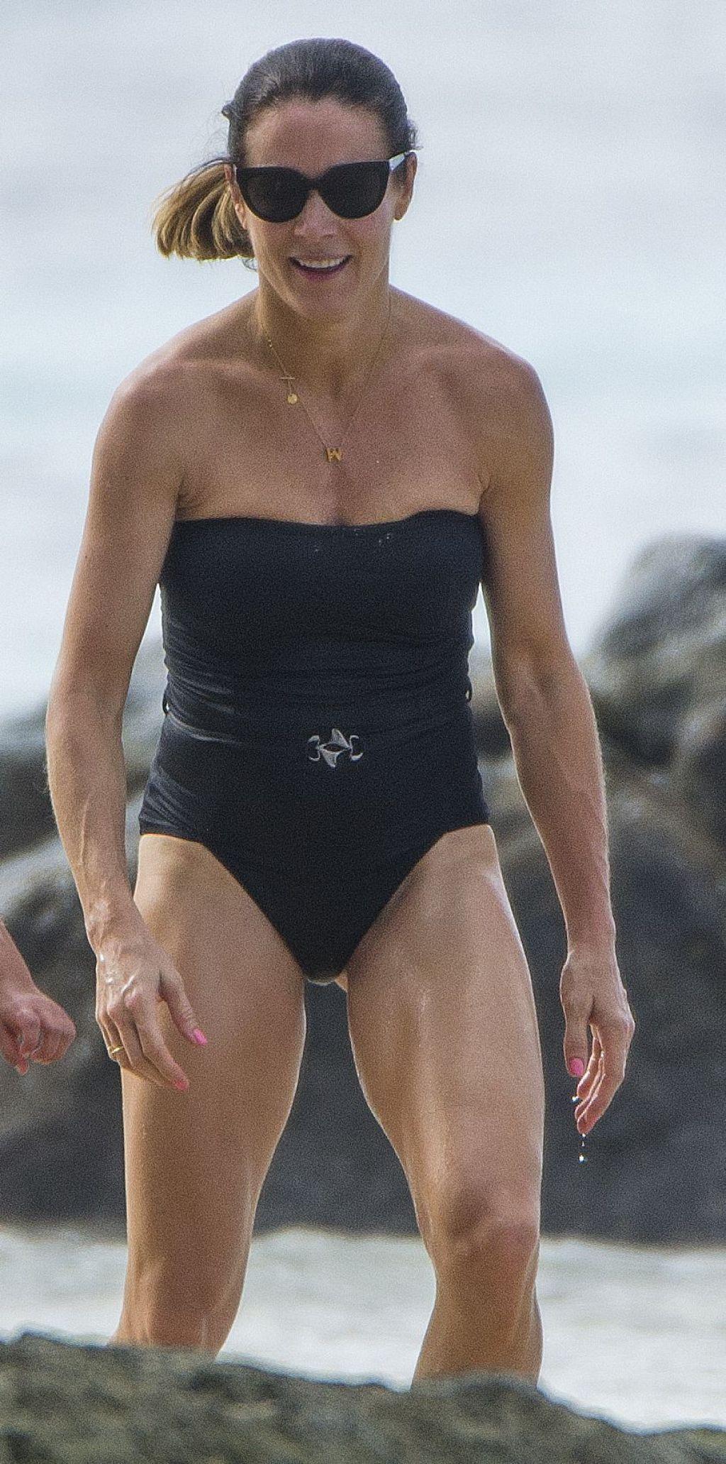 legs Photos Natalie Pinkham naked photo 2017