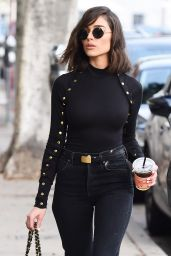 Olivia Culpo Street Fashion - Makes a Coffee Run in LA