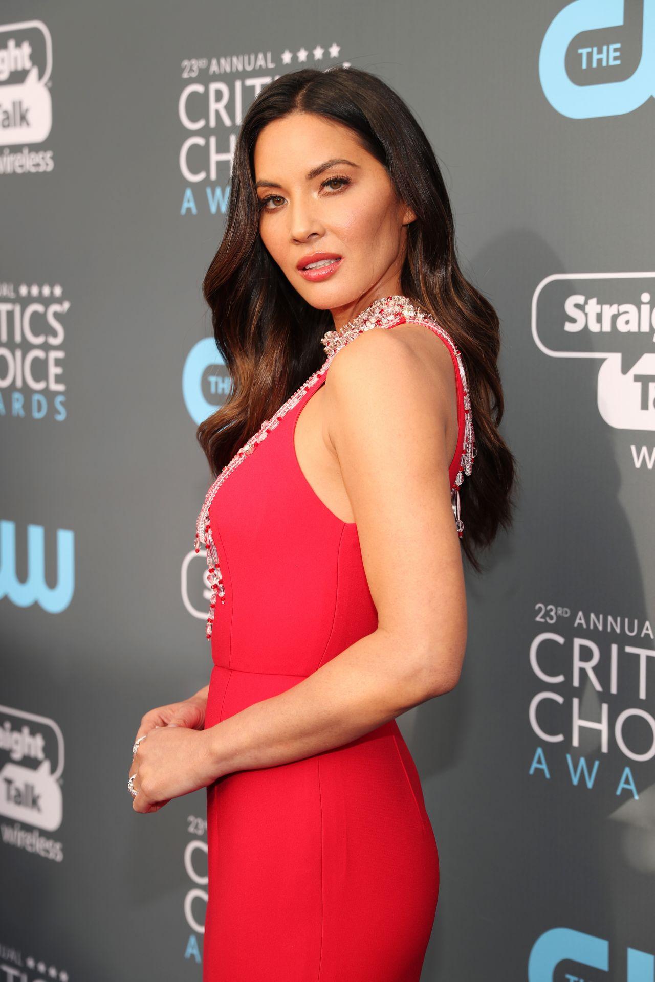 Olivia Munn 2018 Critics Choice Awards