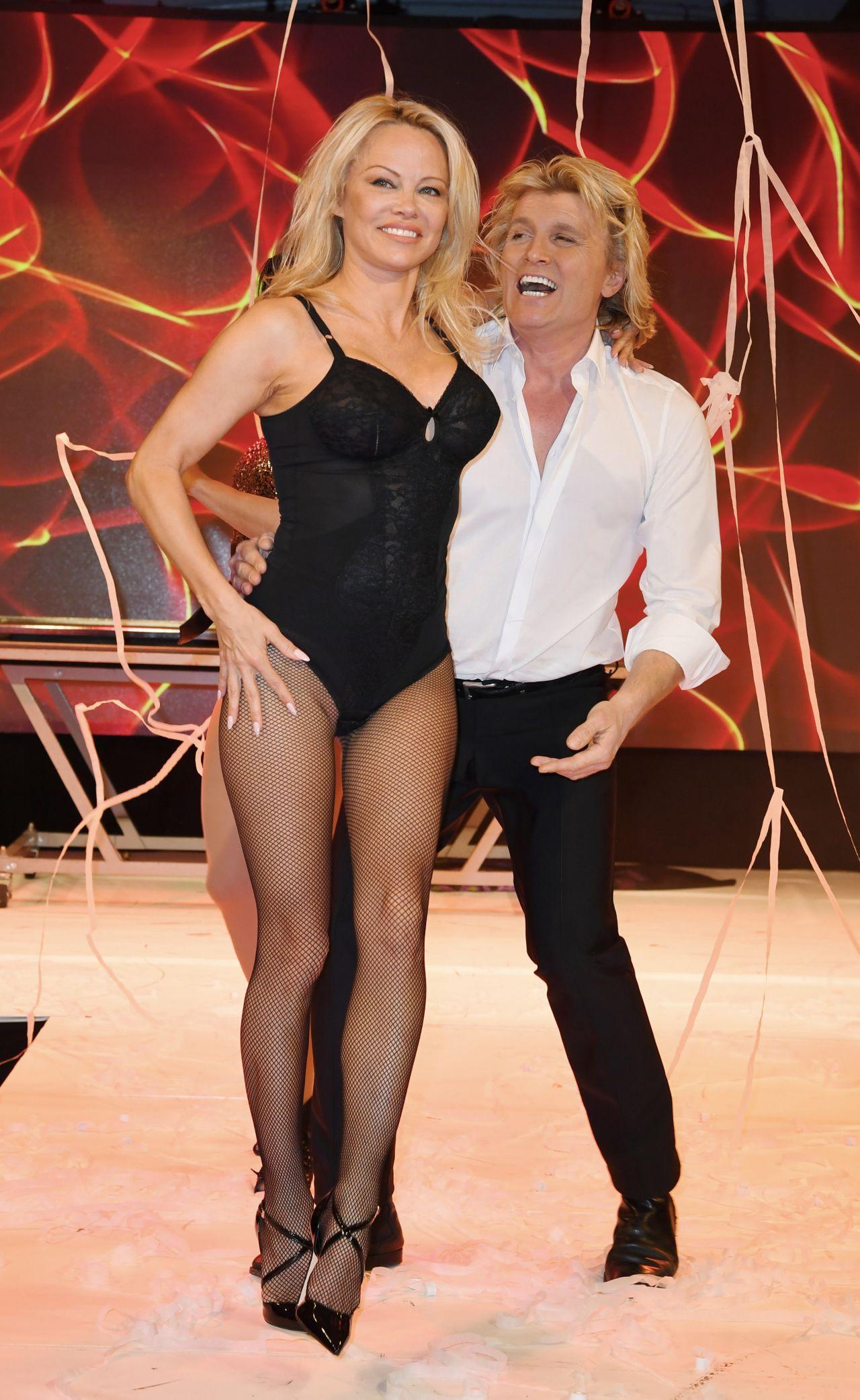 Pamela Anderson - Lambertz Monday Night 2018 in Köln памела андерсон