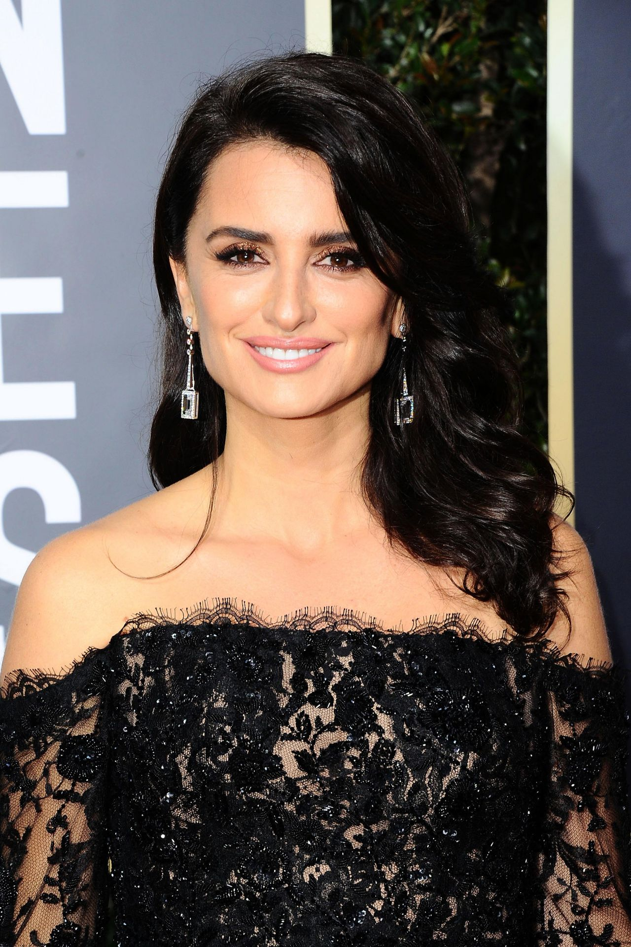 Penelope Cruz - Golden Globe Awards 2018 in Beverly Hills Penelope Cruz