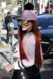 Phoebe Price and Her Dog Rock Grills - Beverly Hills 01/25/2018