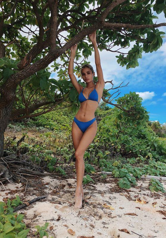 Pia Mia Perez in Bikini - Social Media 01/09/2018
