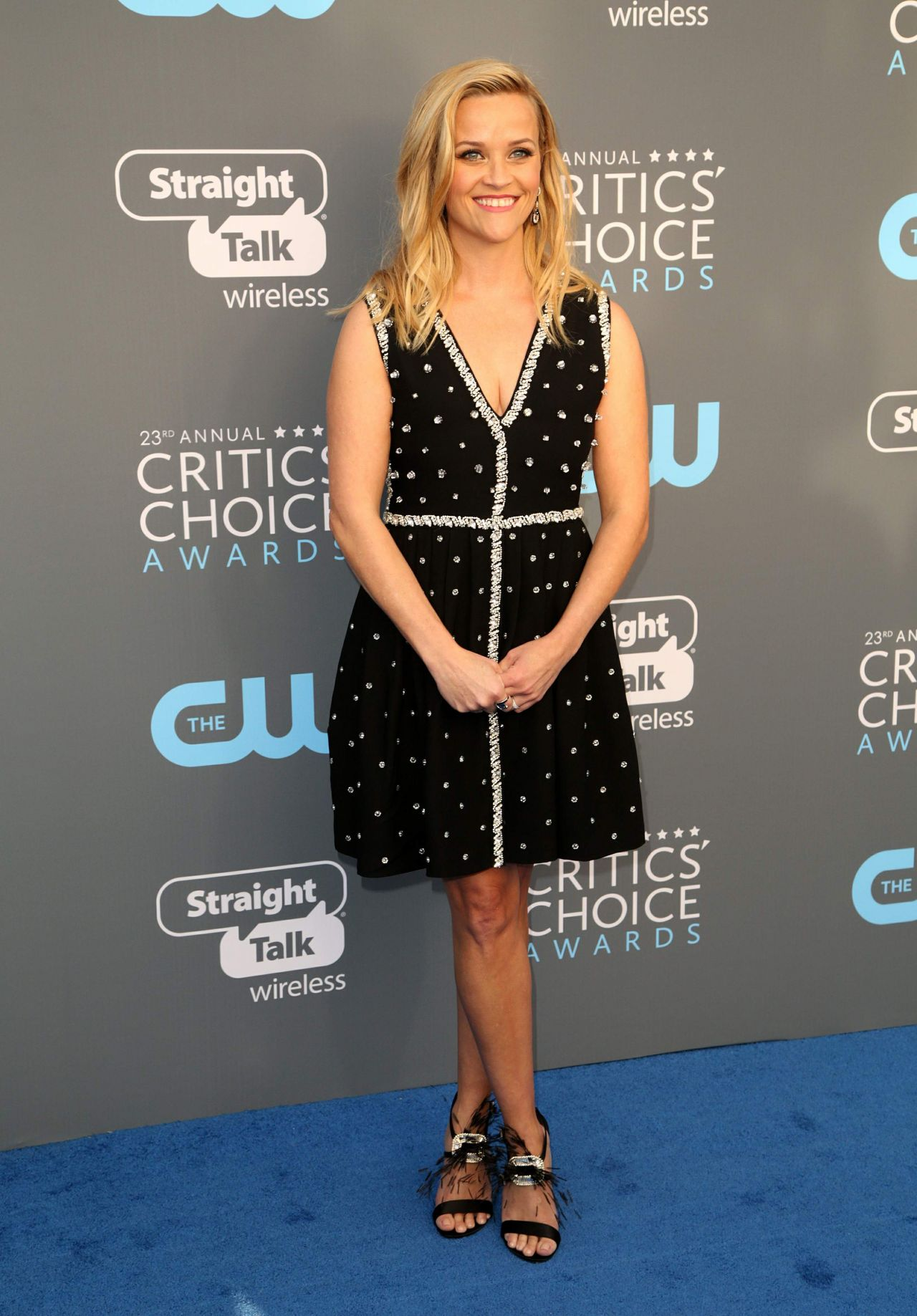http://celebmafia.com/wp-content/uploads/2018/01/reese-witherspoon-2018-critics-choice-awards-0.jpg