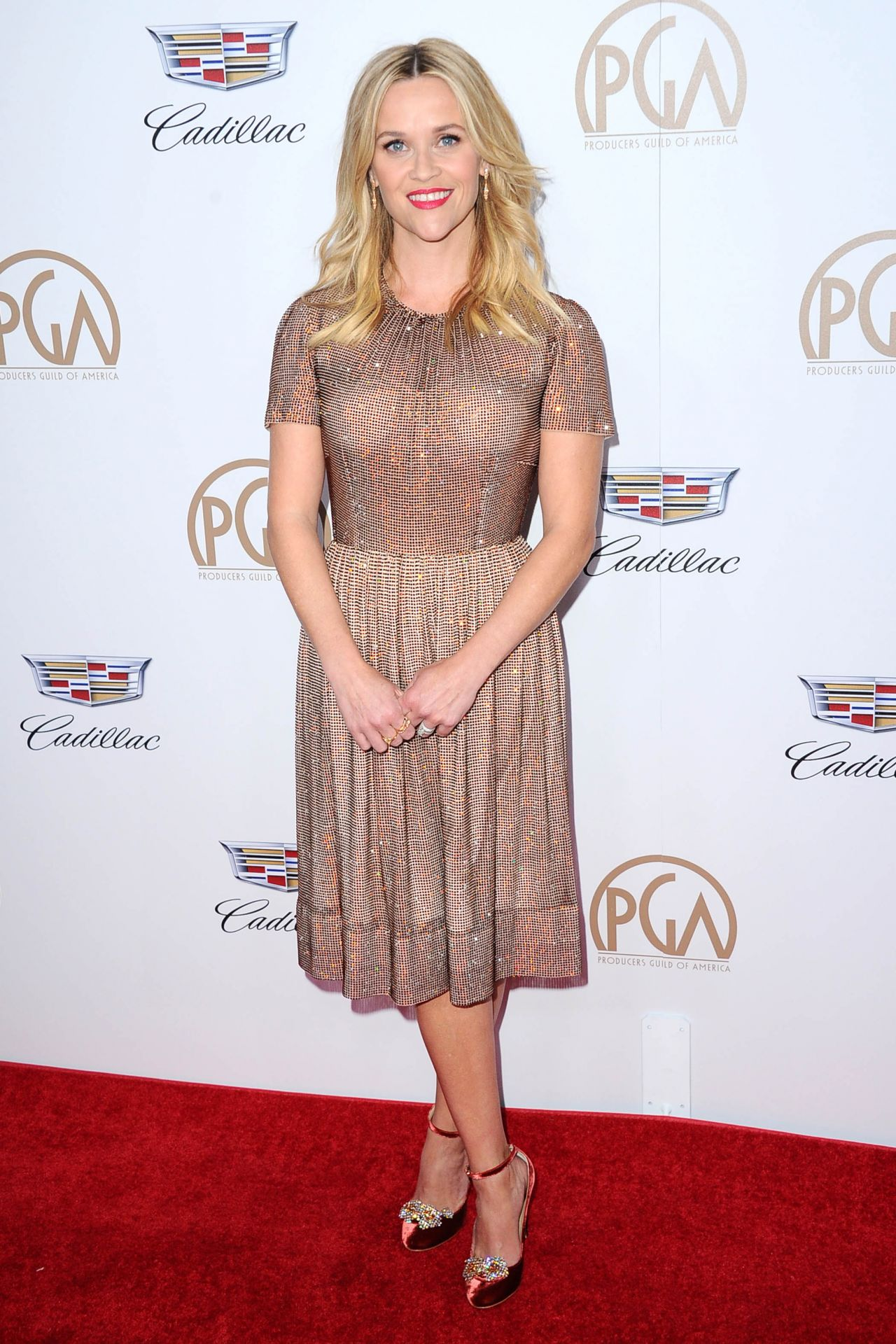 http://celebmafia.com/wp-content/uploads/2018/01/reese-witherspoon-2018-pga-in-beverly-hills-5.jpg