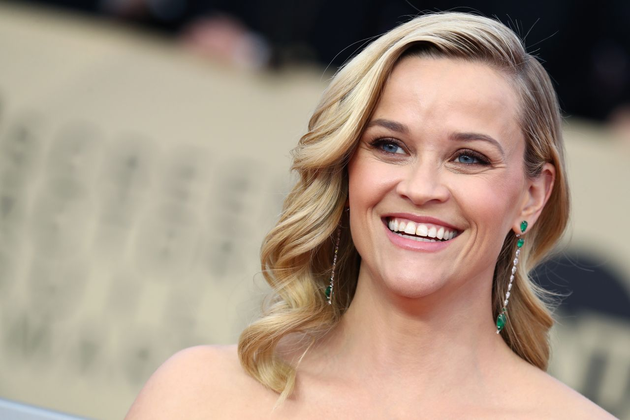 http://celebmafia.com/wp-content/uploads/2018/01/reese-witherspoon-2018-sag-awards-in-la-3.jpg