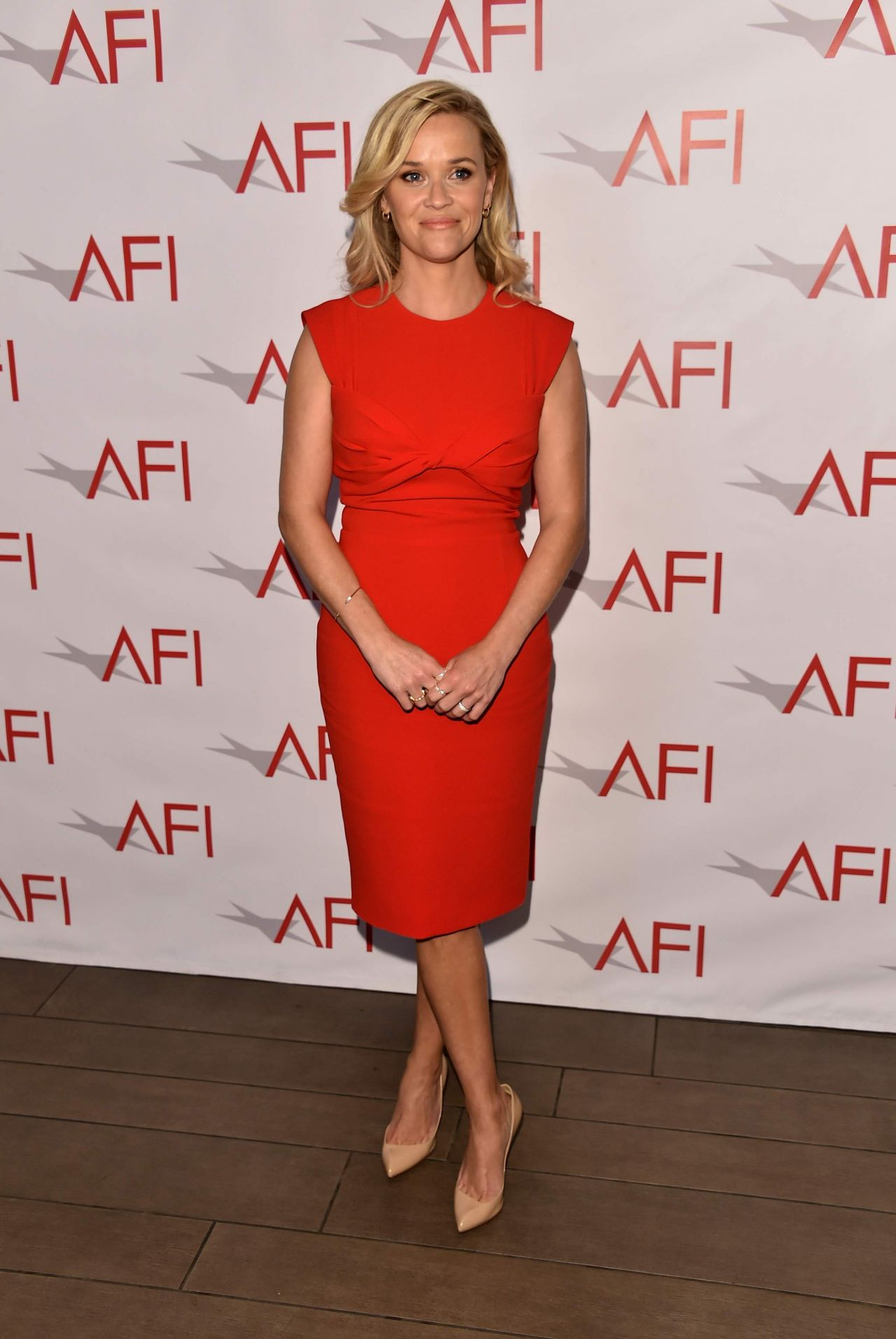 http://celebmafia.com/wp-content/uploads/2018/01/reese-witherspoon-afi-awards-2018-in-los-angeles-8.jpg
