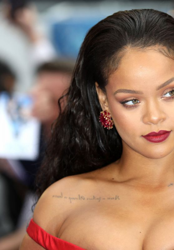 Rihanna Wallpapers 6