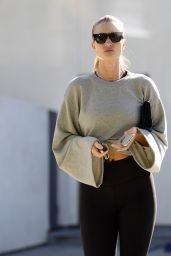 Rosie Huntington-Whiteley in Tights - Leaves Fitness Club in LA
