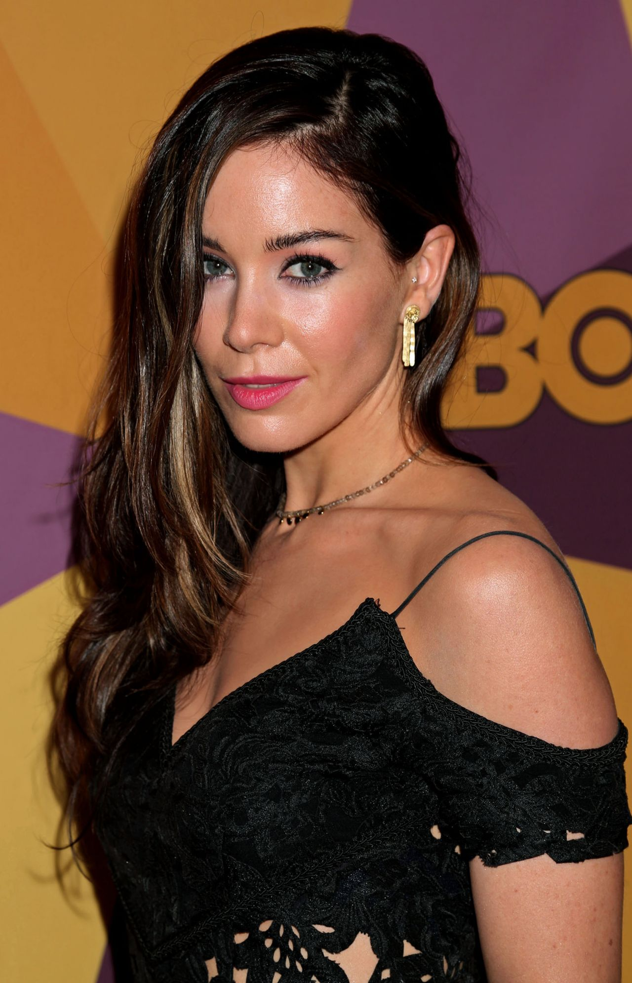 Roxanne Mckee Hbo S Official Golden Globe Awards 2018