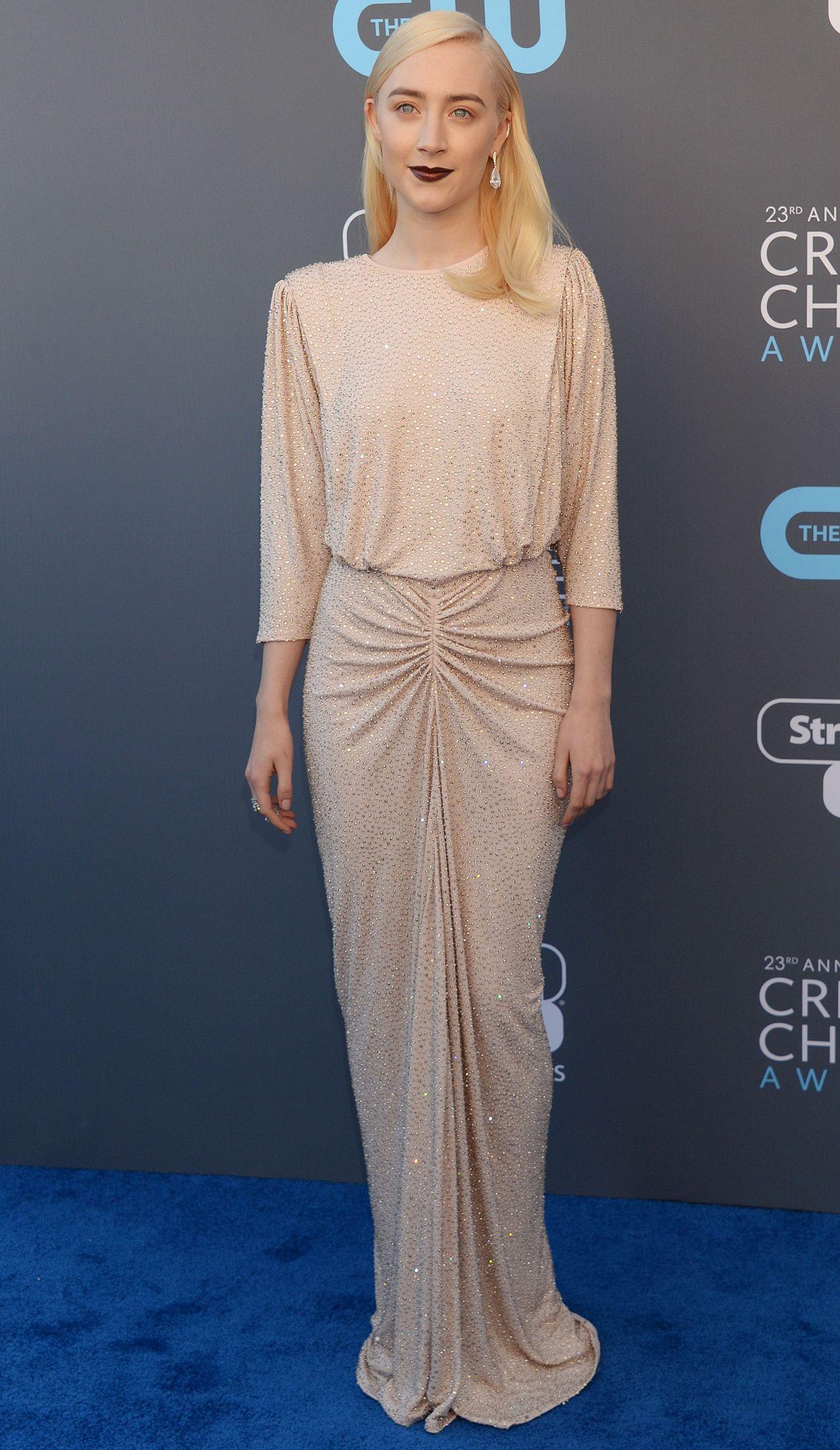 http://celebmafia.com/wp-content/uploads/2018/01/saoirse-ronan-2018-critics-choice-awards-1.jpg