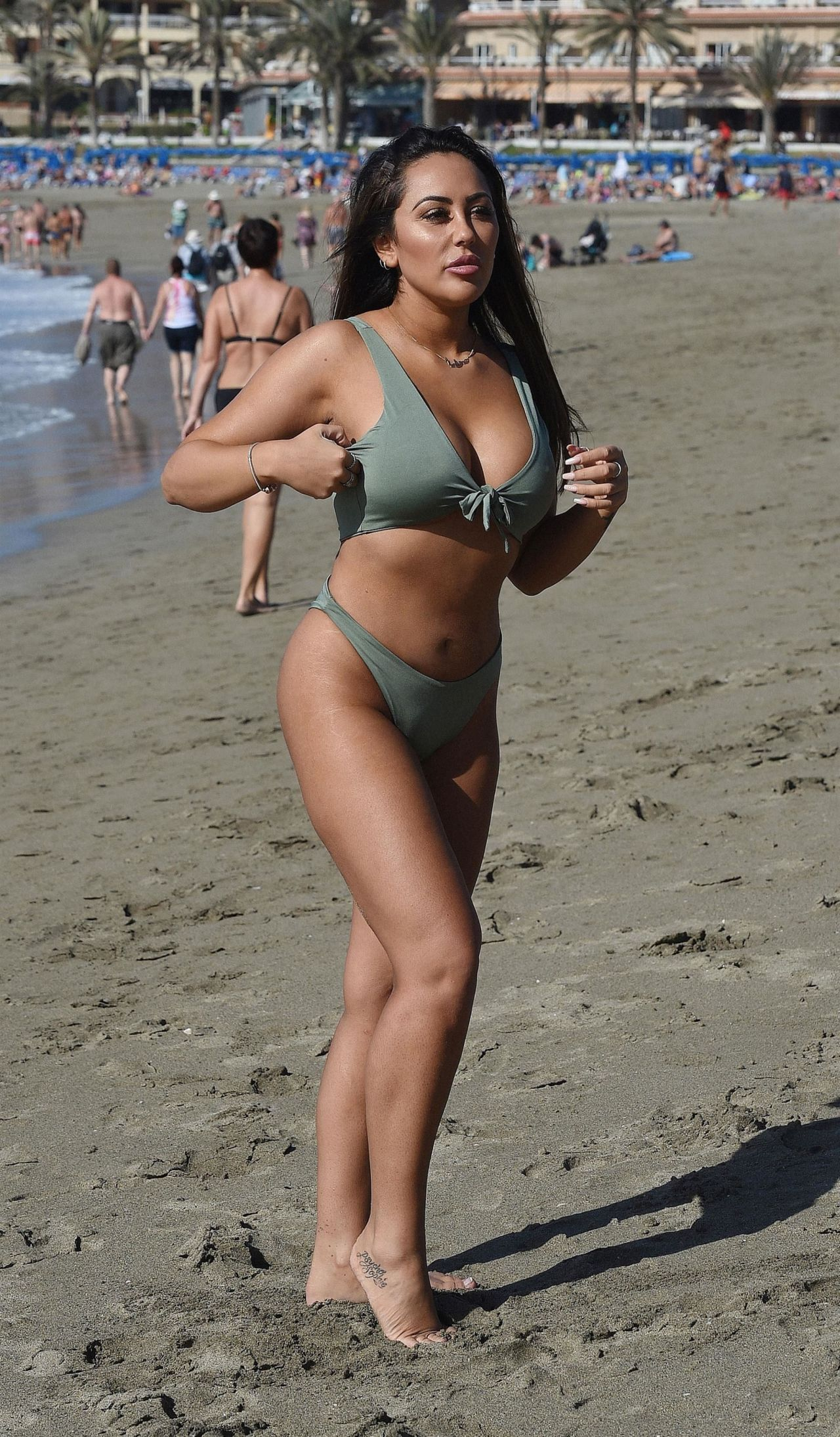 Sophie Kasaei in Black Bikini on holiday in Turkey Pic 2 of 35