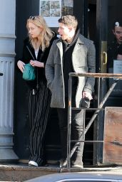 Sophie Turner, Joe Jonas, Nick Jonas & Kevin Jonas - Have Lunch in New York