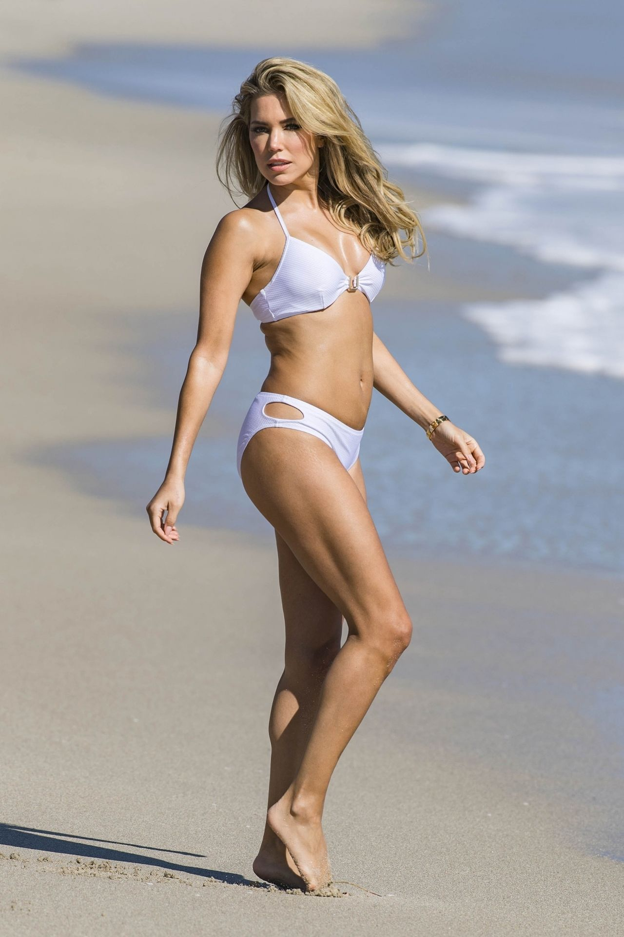 Sylvie Meis in Black Bikini on the beach in Miami Pic 28 of 35