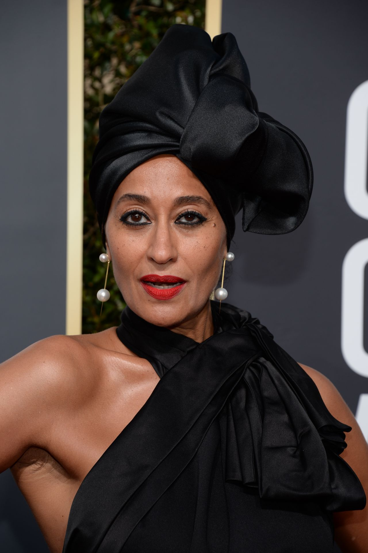 Tracee ellis ross golden globes