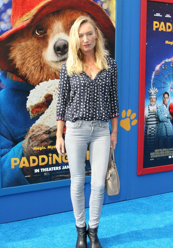 "Victoria Smurfit - ""Paddington 2"" Premiere in Los Angeles"