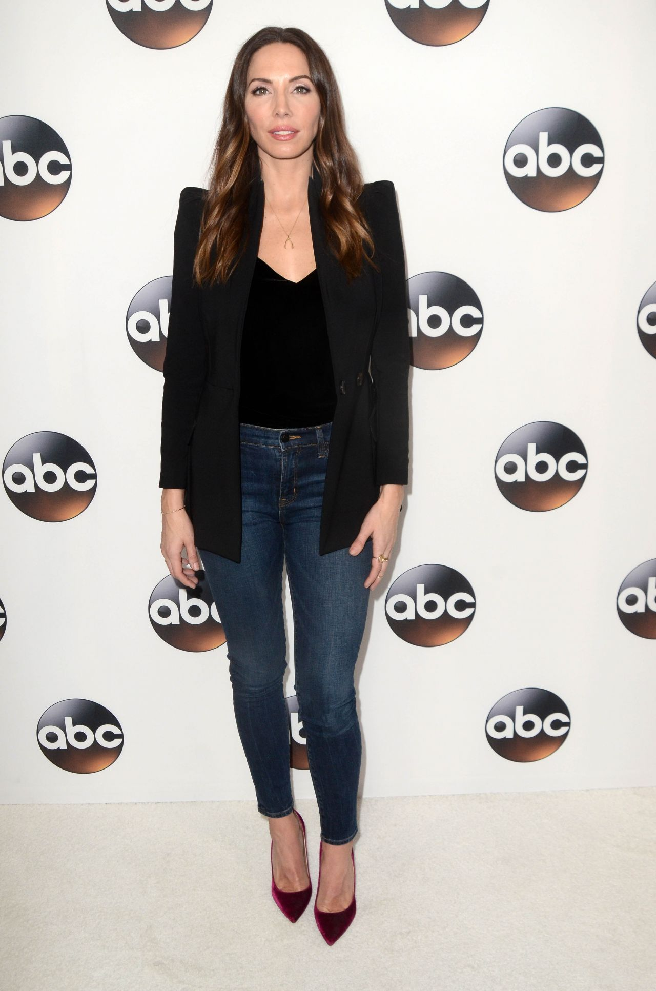 Whitney Cummings Abc All Star Party In La