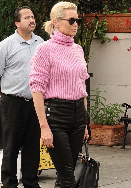 Yolanda Hadid Street Fashion - Il Pistaio in Beverly Hills 01/30/2018