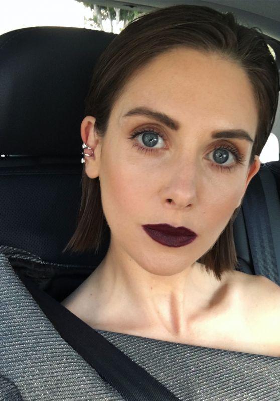 Alison Brie - Social Media 02/12/2018