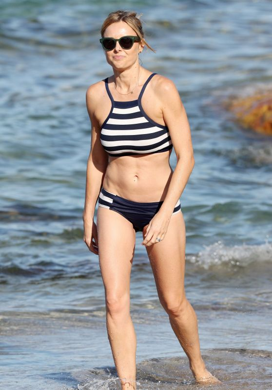 Allison Langdon in Bikini Enjoying a Beach in Sydney