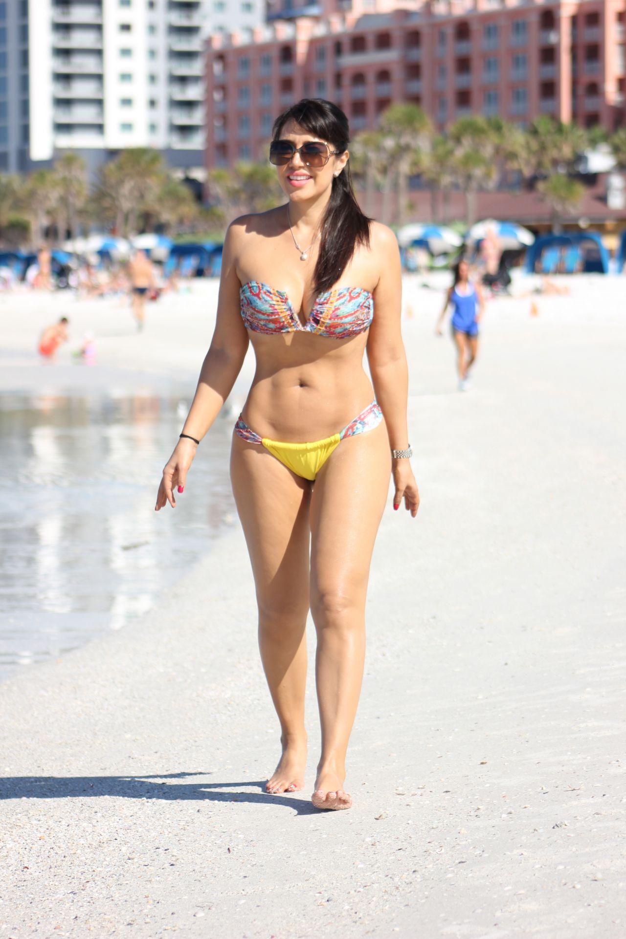 Paparazzi Bikini Molly Sims  naked (58 photo), Snapchat, legs