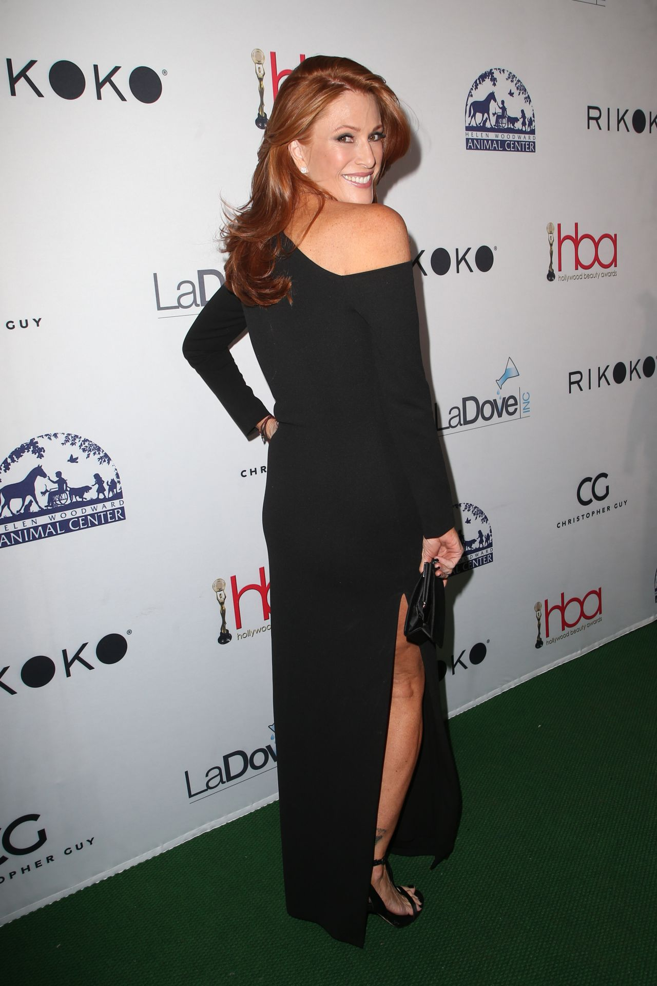 https://celebmafia.com/wp-content/uploads/2018/02/angie-everhart-2018-hollywood-beauty-awards-in-la-3.jpg