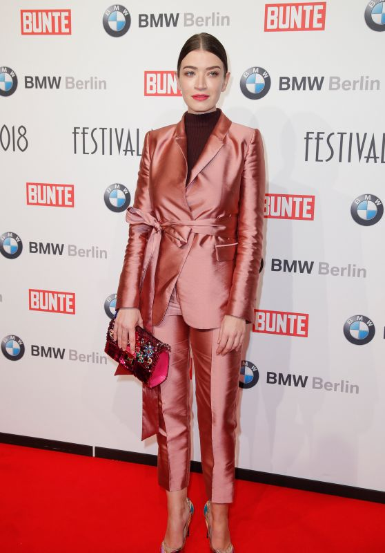 Anna Bederke – BUNTE & BMW Host Festival Night, Berlinale 2018