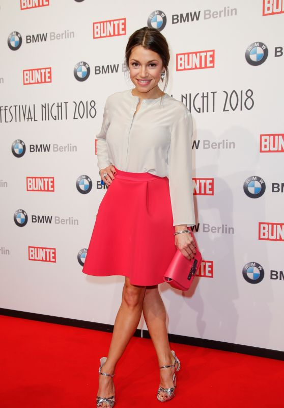 Anna Julia Kapfelsperger – BUNTE & BMW Host Festival Night, Berlinale 2018