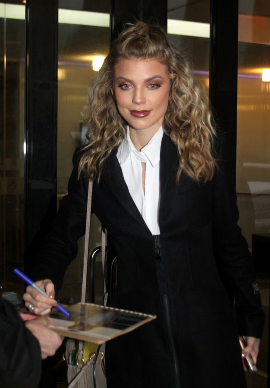 AnnaLynne McCord Arriving to Appear on Good Day New York 02/23/2018