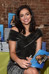 Bethany Mota – SIMPLY NYC Conference VIP Dinner in NYC