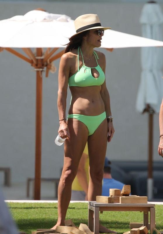 Bethenny Frankel in Bikini in Miami 02/22/2018