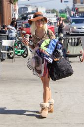 Blanca Blanco New Blonde Hairstyle - Bike Ride Along Venice Beach Boardwalk