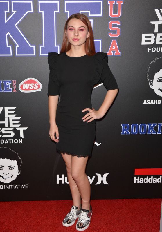 Caitlin Carmichael – Rookie USA Show in Los Angeles