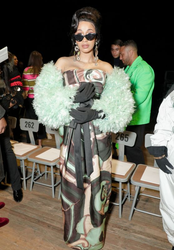 Cardi B - Marc Jacobs Fashion Show, NYFW 02/14/2018