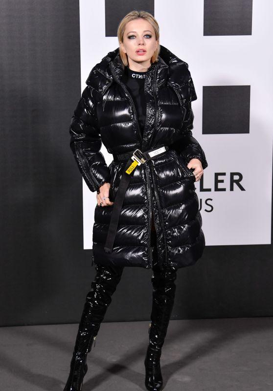 Caroline Vreeland – Moncler Genius Project, Milan Fashion Week 02/20/2018