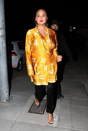 Chrissy Teigen Leaves the Create & Cultivate Conference in Los Angeles