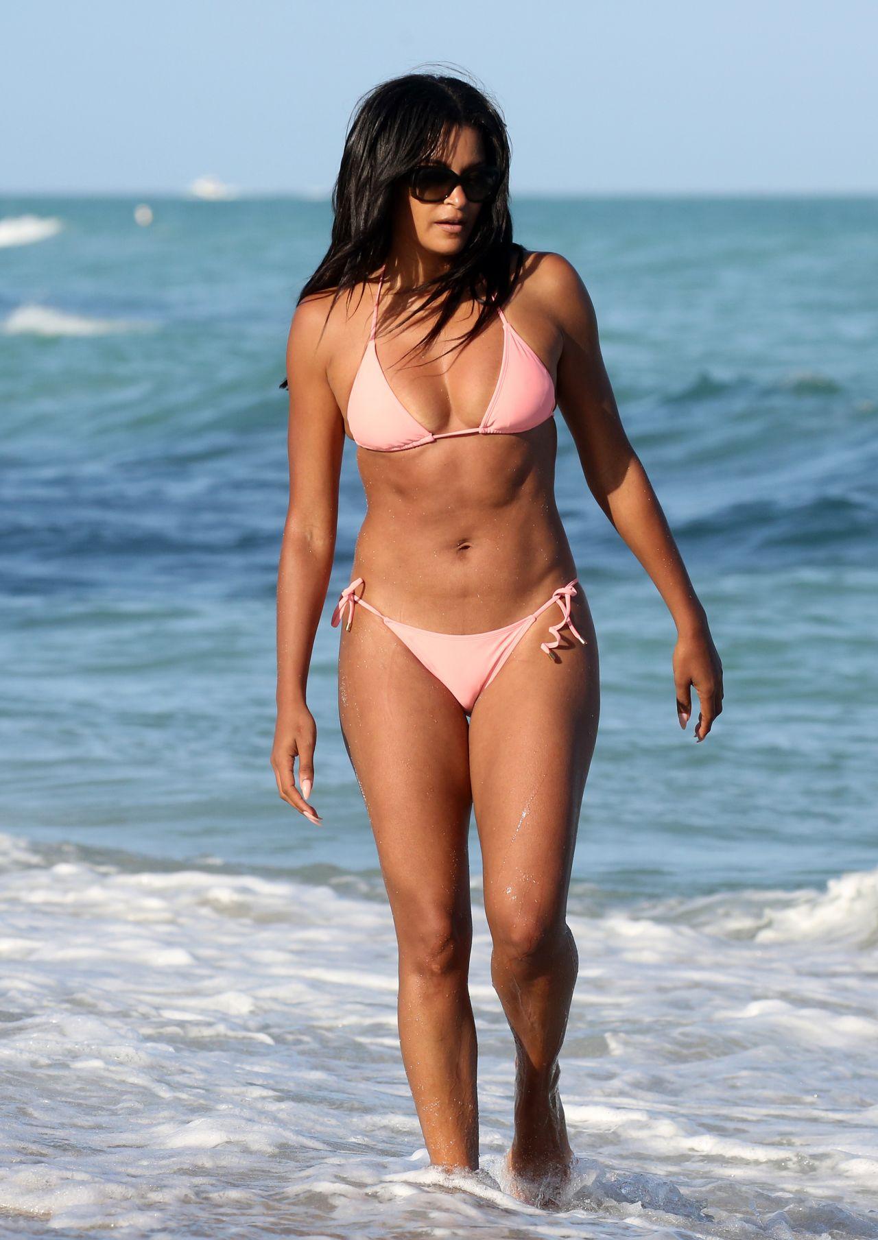 Claudia Jordan in Pink Bikini on the beach in Miami