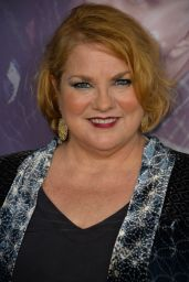 """Cynthia Ettinger – """"Here and Now"""" Premiere in LA"""